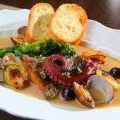魚介の旨味が凝縮された『鮮魚のアクアパッツァ』