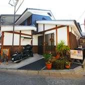 近鉄奈良駅から徒歩7分。街中に佇む邸宅リストランテ