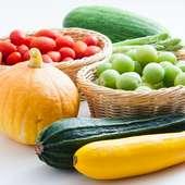 地元の農家から直接仕入れるイタリア野菜を召し上がってください