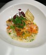 本日の鮮魚のソテー カニのスープ仕立て アサリ風味
