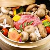 旬の野菜の甘み・旨みを堪能する『旬鮮魚と季節野菜のせいろ蒸し』