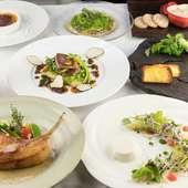 地元沖縄産の豚肉や旬魚など地域で生まれる逸材