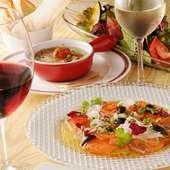 2名様からご利用可能♪ 鮮魚と肉料理が大満足に楽しめる飲み放題付きコース。