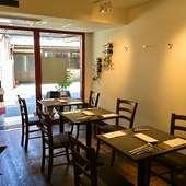 京都の小路に佇む、女性好みのキュートなフレンチレストラン