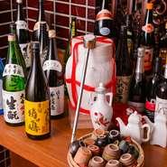 カメ出しの紹興酒や果実酒、焼酎など、お酒が種類豊富なのもうれしいところ。料理に合う銘柄を厳選して取り揃えています。自家製シロップのサワーもおすすめ。辛い料理とお酒を楽しむ、夏飲みはいかがでしょう。