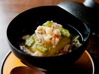 優しくほんのりとした味わいのそぼろ餡が、冬瓜の美味しさをそっと包み込みます。