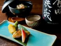 鯛の旨みを生かすソースは塩辛入り。こっくりとした味わいのなかに鯛の食感が感じられます。