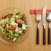 彩りも美しい新鮮野菜がたっぷり食べられる