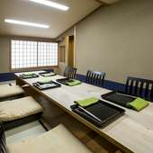 ゆったりと過ごせる座敷は、会食、接待などさまざまな用途に対応