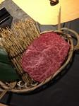 ももから取れるお肉。牛肉で最も脂肪が少ない部分