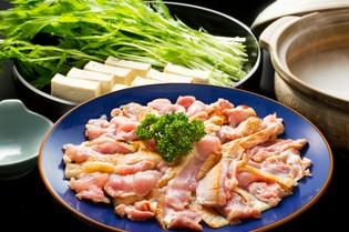 上質な食材の宝庫・徳島県。地元産の地鶏や魚介が主役です