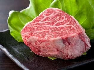 妥協を許さない確かな目で選び抜いた牛肉に、徹底的にこだわる