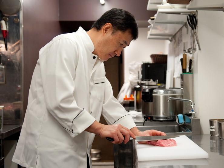 その日最も良い状態の肉を確実に厳選し、ベストな食べ方で料理