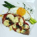 お誕生日に「ナンバーケーキ」はいかがですか。パティシエが心を込めてお作りします。男の子用、女の子用、年齢を考えてデコレーションします。 1桁 ¥3850 2桁 ¥6600 税込 テイクアウトは対応してません。