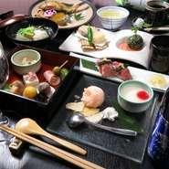 最大34名様までの完全個室。足が楽なテーブル・イス席。座敷にも出来ます。旬の食材とビールや日本酒、焼酎など。ハイボールやワインも飲み放題メニューになってます。