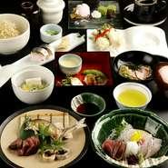 淡路島の鱧、静岡の鮎、宮崎の黒毛和牛、京都の賀茂茄子など、品質のいい食材を吟味して仕入れています。多様な食材へのこだわりで、味わい深い料理の数々を生み出しています。