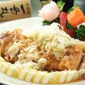 鶏唐揚げに自家製甘酢をかけた『油淋鶏』(写真は3~4人前)