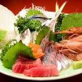 毎日市場から届く新鮮な魚介や三崎直送のマグロを味わってほしい