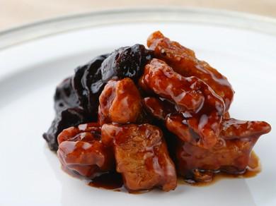 メイプルシロップのような新フレーバー『中国干し梅入り酢豚』