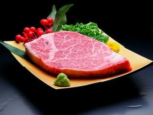 最高級の希少部位「A5ランク黒毛和牛の特選フィレ(ヒレ肉)」