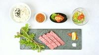 A5黒毛和牛「シェフ厳選ステーキ100g」・特製白菜キムチ・サラダ・ライス