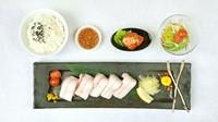 六白黒豚「豚カルビ」・ネギ・サラダ・ライス
