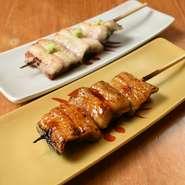 生のうなぎを炭で焼き上げる素焼きと言う関西風の焼き方で皮面がパッリと仕上がるのが特徴。