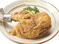 鶏肉の柔らかでジューシーな味わいが一番感じられる逸品。お子様や女性のお客様にお勧めです。