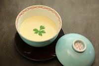 和食出汁で作り上げた茶碗蒸しです☆