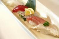 宮崎とれの天然魚のお寿司☆5貫です