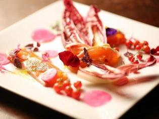 鮮度と味わいにこだわり、地元神戸の野菜を使用