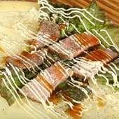 お肉と野菜が両方入ったガッツリ系で、お手軽ランチにもピッタリな逸品クレープ『ローストビーフと野菜』