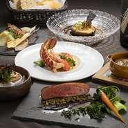 和モダンなプライベート空間で、全国の旬食材、和牛、フォアグラ等高級食材を使用した創作フランス料理をご提供しております。 厳選のワイン、珍しい日本酒もご用意がございます。