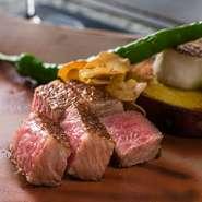 ガッツリ? しっとり? 和牛を堪能したいなら、ぜひ気軽に相談を。好みの肉や焼き方を提案してくれます。