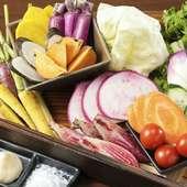 鮮度抜群の「生しらす」や「地野菜」をふんだんにつかった料理