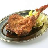 『骨付鳥(おや)』は噛めば噛むほど、味わい深いお肉です