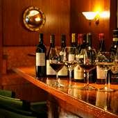 料理に合わせてソムリエがセレクトするワイン