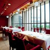 大切な人との記念日やお祝いなど、特別な時間に最適なレストラン