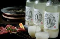 酒蔵の杜氏が作る『本格辛口マッコリ 白一文字 劔(つるぎ)』ボトル700ml