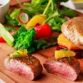 一皿にコンフィーとロースト、鴨肉の美味しさを丸ごと味わえる『鴨のコンフィー』