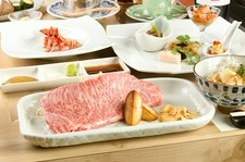 前日までの要予約(日祝日は前々日)/リーズナブルに上質な食材をお楽しみ頂ける【巴】人気のコースです。