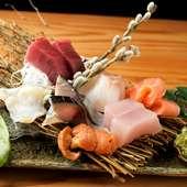 旬の魚介類や野菜を美味しいタイミングでご用意しています