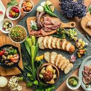 定番ご宴会コースから、肉・お魚料理をメインとしたコースまで パーティー&ご宴会に最適なコースをご用意しております。2名様からご利用可能となっておりますので、様々なシーンでご利用下さいませ。