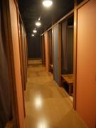 2階に個室座敷ございます