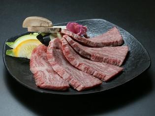 富山県産を中心に、全国から厳選した国産和牛