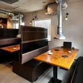 ファミリーでの食事も安心な快適空間