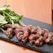 強火で一気に焼き上げ肉の旨みを引き出した『牛ヒレのステーキ』