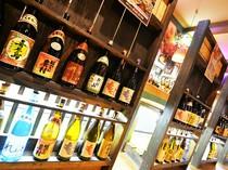 店主こだわりのお酒は、日本酒をはじめ焼酎、ビール、ワインまで