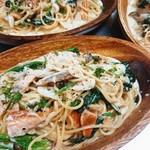 八戸で水揚げされるサクラマスをマリネ仕立てに。フランスビストロの定番ウフマヨネーズと十和田産のハーブサラダの三位一体の味わいをご賞味ください。