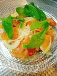 八戸前沖サバ缶と相性抜群のトマトソースで仕上げました。青味には今が旬のマンズナルインゲン。モチモチのリングイネで召し上がって頂きます。